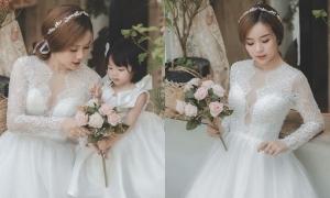 Bảo Ngọc mặc váy cưới để thoả ước mơ