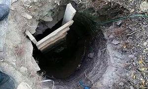Mẹ đào hầm cho con trai vượt ngục
