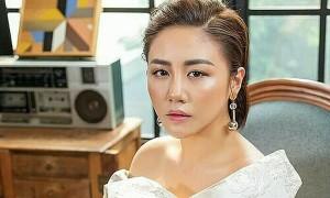 Văn Mai Hương không vi phạm bản quyền khi hát 'Hoa nở không màu'