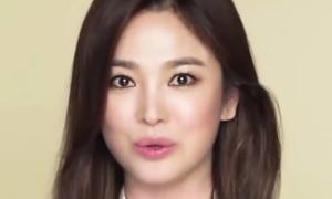 Song Hye Kyo xuất hiện chớp nhoáng trên livestream