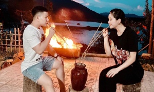 Bảo Thy uống rượu cần trên đảo không tên ở Bình Thuận