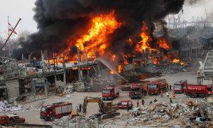 Cảng Beirut lại bốc cháy sau vài tuần bị nổ