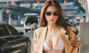 Ngọc Trinh diện áo tắm ra sân bay