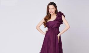 Hồ Ngọc Hà diện váy bầu tới viện thẩm mỹ