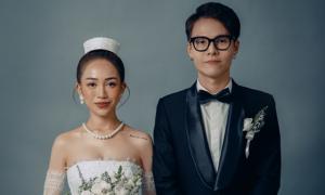 Ái nữ nhà Minh 'Nhựa' kỷ niệm một năm cưới