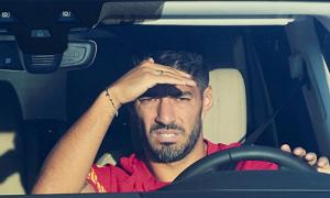 Suarez bị tố gian lận trong bài thi tiếng Italy