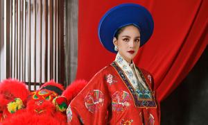 Hoàng Anh gợi ý áo dài lấy cảm hứng từ cổ phục Việt