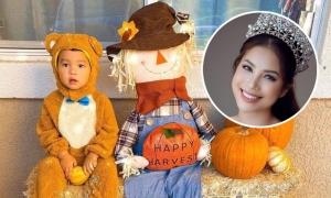 Phạm Hương và con trai đón Halloween