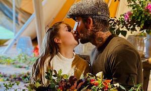 Fan đề nghị Becks ngừng hôn môi con gái