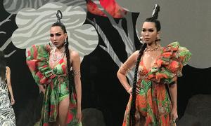 Hà Anh, Minh Triệu 'đọ' catwalk