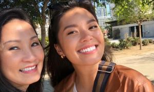 Con gái lớn tài sắc của Quang Minh - Hồng Đào
