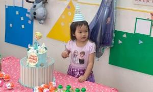 Phan Như Thảo làm sinh nhật cho con suốt một tháng