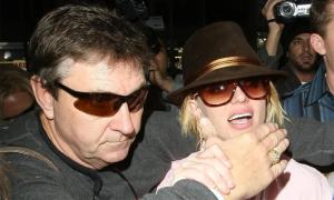 Bố đẻ quyết quản lý tài sản 60 triệu USD của Britney