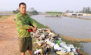 Bị phạt 4 triệu đồng vì đổ rác bừa bãi