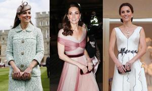 Cách cầm clutch giúp Kate luôn thanh lịch