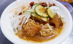 Tiệm bún thịt nướng bình dân hút khách ở Đà Nẵng