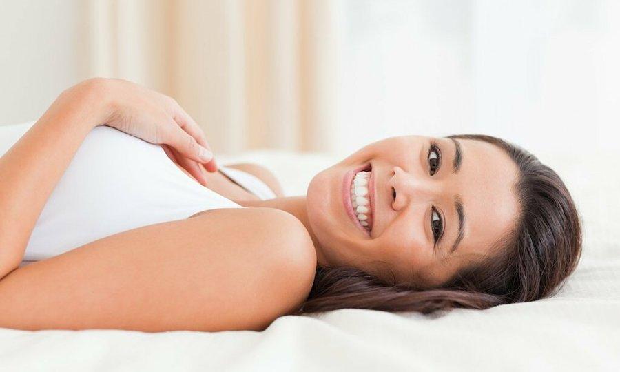 6 lý do bạn không nên dùng gối khi ngủ