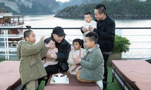Đỗ Mạnh Cường làm sinh nhật cho con gái trên du thuyền