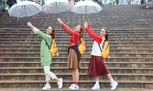 Dàn hoa hậu 'sống ảo' ở Đà Lạt bất chấp mưa