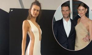 Thiên thần nội y Behati Prinsloo lần đầu tiết lộ váy cưới sexy