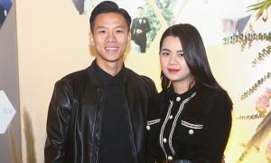 Dàn cầu thủ cùng vợ và bạn gái dự tiệc cưới Bùi Tiến Dũng
