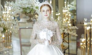 Váy cưới tối giản mang vẻ đẹp vượt thời gian