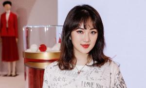 Bóc giá tủ đồ hiệu của 'công chúa Huawei'