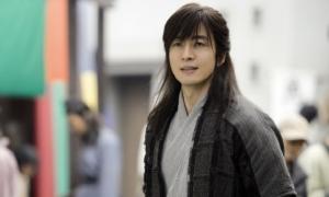 Bae Yong Joon giữ kỷ lục cát-xê 14 năm