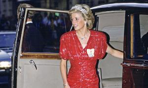 Những bộ đầm đẹp của phụ nữ hoàng gia Anh