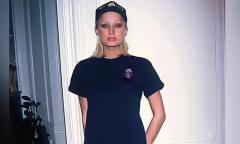 Paris Hilton gầy gò, suy nhược năm 18 tuổi