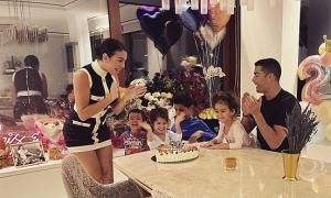 C. Ronaldo mừng sinh nhật bạn gái