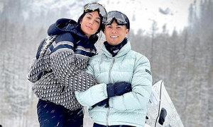 C. Ronaldo và bạn gái tình tứ giữa trời tuyết