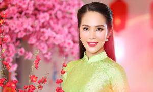Dương Kim Ánh gợi ý áo dài gấm sang trọng