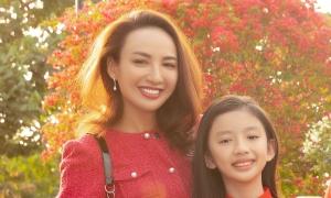 Con gái Ngọc Diễm lớn bổng ở tuổi 11