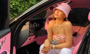 Các nữ chủ nhân nổi tiếng của xe siêu sang Rolls-Royce