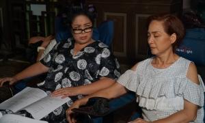 Hồng Vân, Lê Khanh 'tố' bị êkíp 'Gái già lắm chiêu' bỏ đói