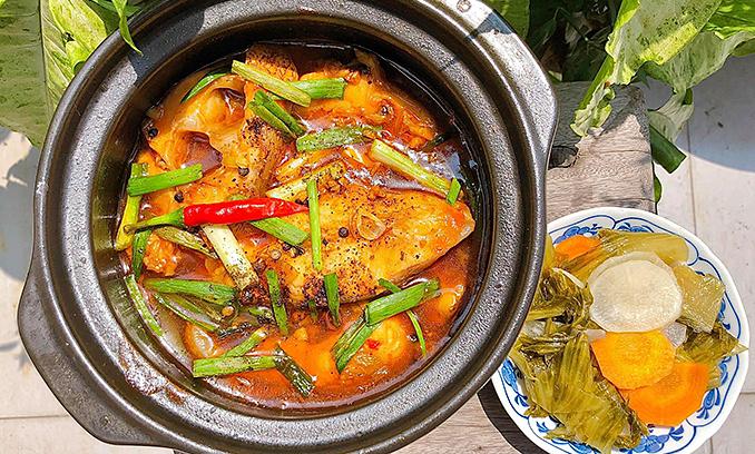 Cá điêu hồng kho nước dừa