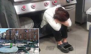 Nữ đầu bếp tuyệt vọng khi Italy phong tỏa lần ba