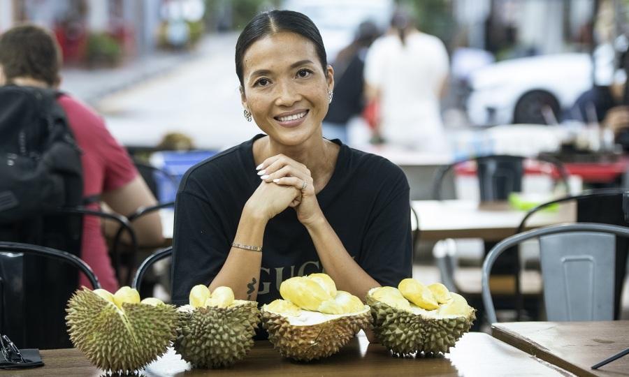 Bằng Lăng yêu văn hóa, ẩm thực Singapore