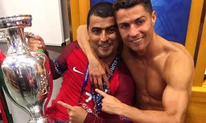 C. Ronaldo đã cứu vớt cuộc đời anh trai thế nào