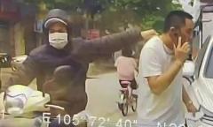 Cướp dây chuyền trên phố Hà Nội