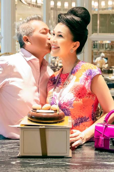 Diễm My mừng sinh nhật chồng đại gia