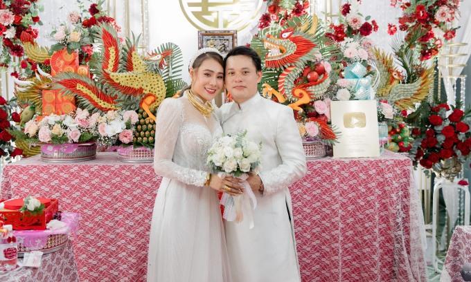 Hồ Bích Trâm: 'Chồng từng e ngại nghề diễn viên của tôi'