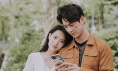 Song Luân thân mật với Minh Trang