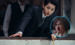 Bạn diễn nam quên thoại vì mải ngắm Song Joong Ki