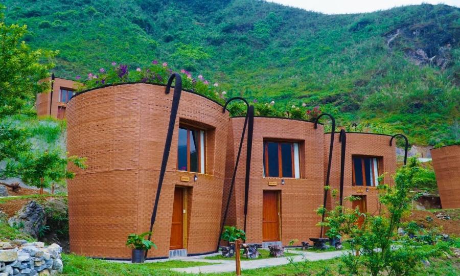 Khách sạn hình chiếc gùi ở Hà Giang
