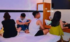 20 người mở 'tiệc ma tuý' trong khách sạn