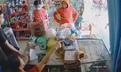 Chủ tiệm từ chối bán hàng cho khách không đeo khẩu trang