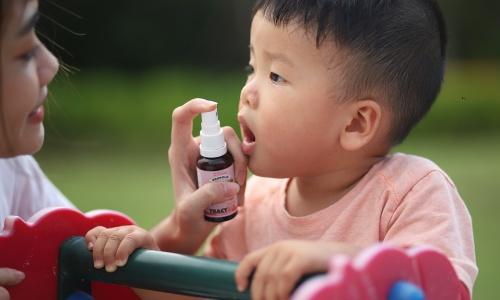 Gợi ý những cách sát khuẩn vòm họng cho bé