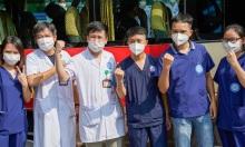 Nhân viên y tế Hà Nội chi viện TP HCM